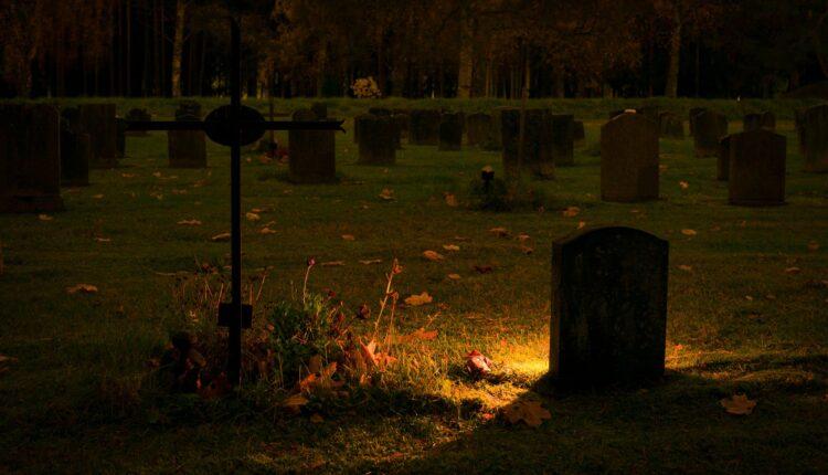 Horor: Živog ga zakopali, uspeo da se otkopa i prijavi ih policiji