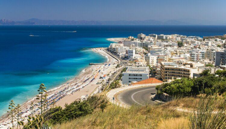 Šta ako se zatvore granice dok ste na plaži u Grčkoj?