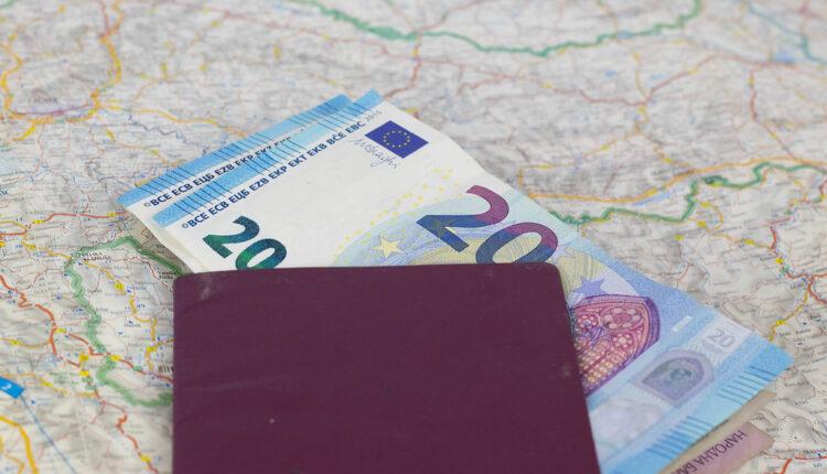 Uhapšen Nemac, hvalio se kako je u Crnu Goru ušao sa 50 evra u pasošu