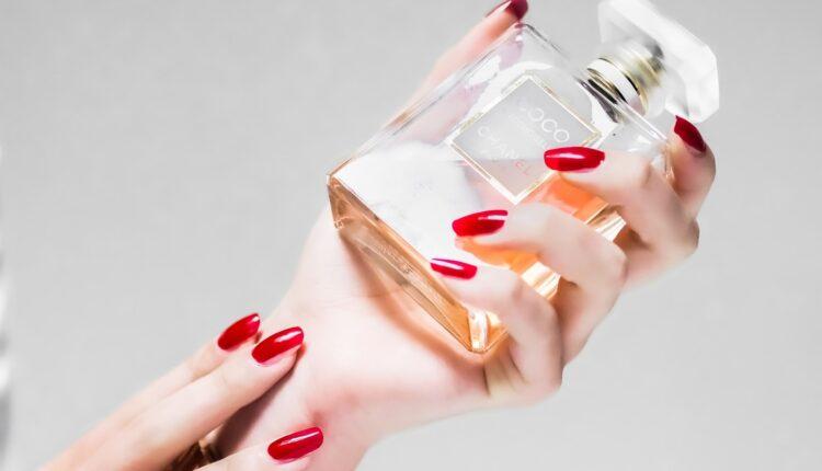 Da li znate razliku između toaletne vode i parfema?