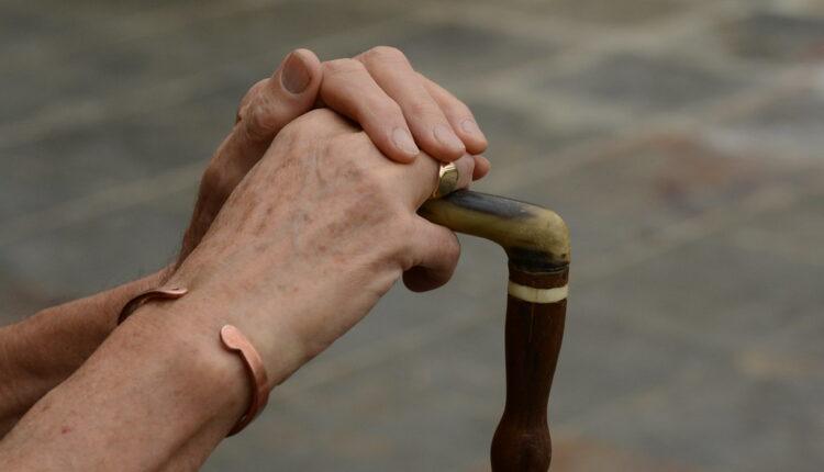 Patite od artritisa? Ove namirnice su vam strogo ZABRANJENE