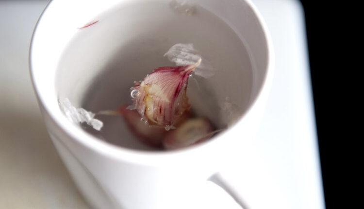 Voda od belog luka čini čuda: Jača imunitet i čisti telo