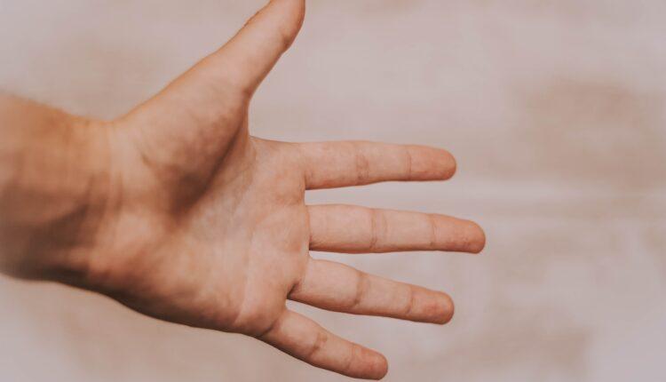 Pogledajte dobro svoje prste: Otkrivaju 3 stvari o karakteru